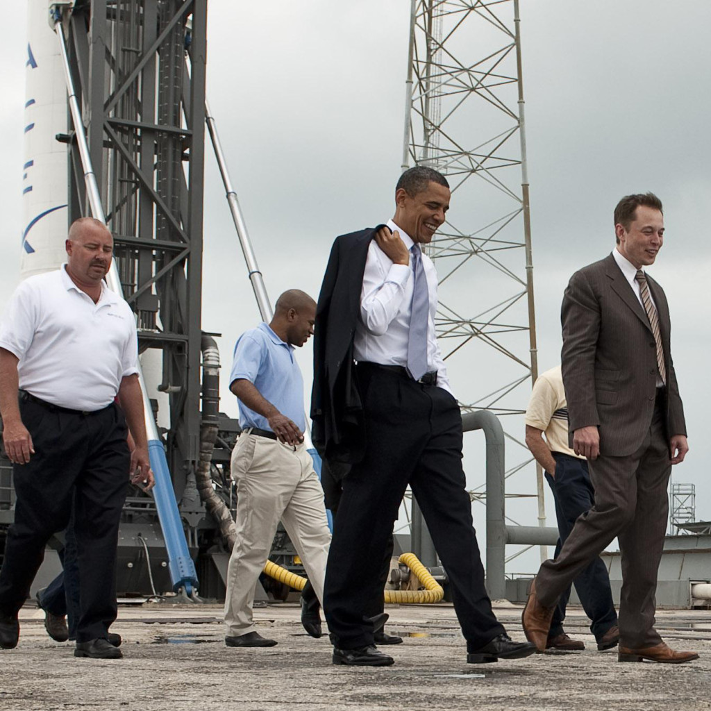 Elon-Musk-gives-SpaceX-tour-for-President-Barack-Obama